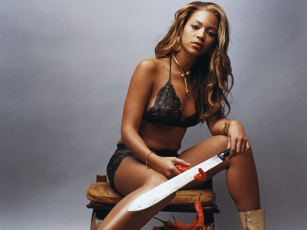 Photo:  Beyonce Knowles 10