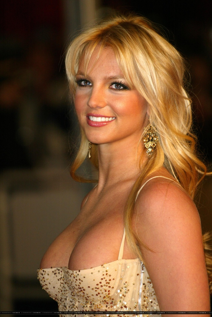 9Gt3q9zsP5196 moreover Ltfbrgx6dols0 likewise Britney Spears 02 in addition Britney Spears Recreates Marilyn Monroes Iconic Seven Year Itch Scene furthermore Britney Spears Wallpapers. on britney spears toxic