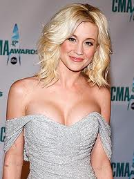 Photo:  Kellie Pickler 08