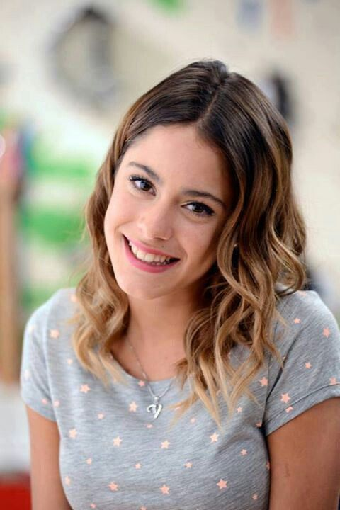 Photo:  Martina Stoessel 08