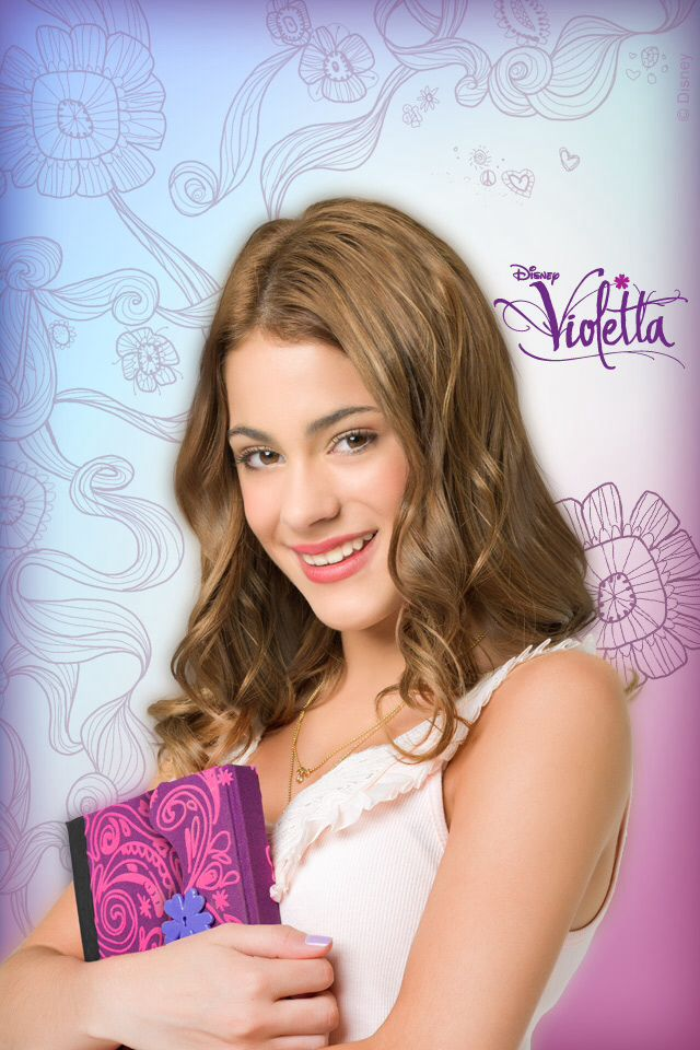 Photo:  Martina Stoessel 09