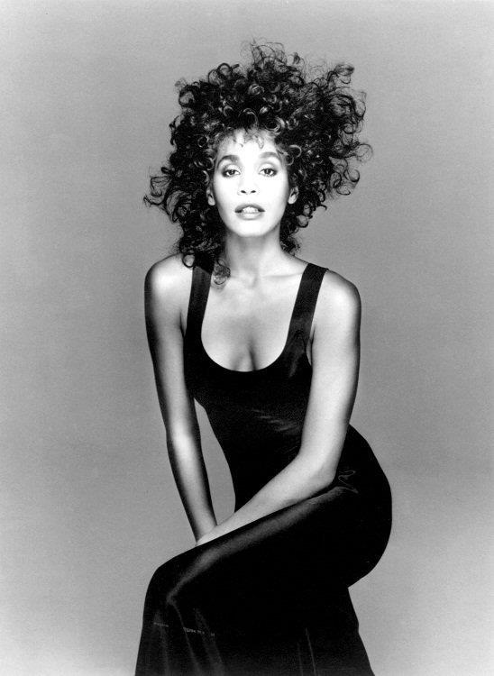 Photo:  Whitney Houston 01