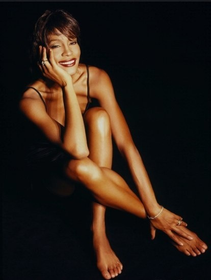 Photo:  Whitney Houston 09