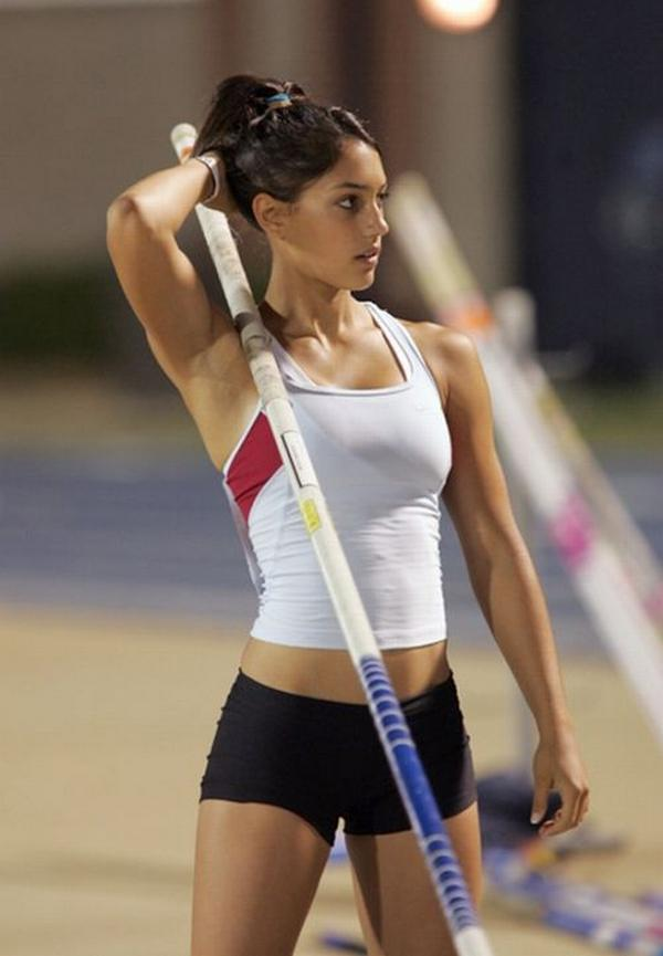 Photo:  Allison Stokke 03