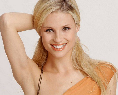 Photo:  Michelle Hunziker 04