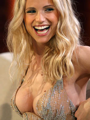 Photo:  Michelle Hunziker 06
