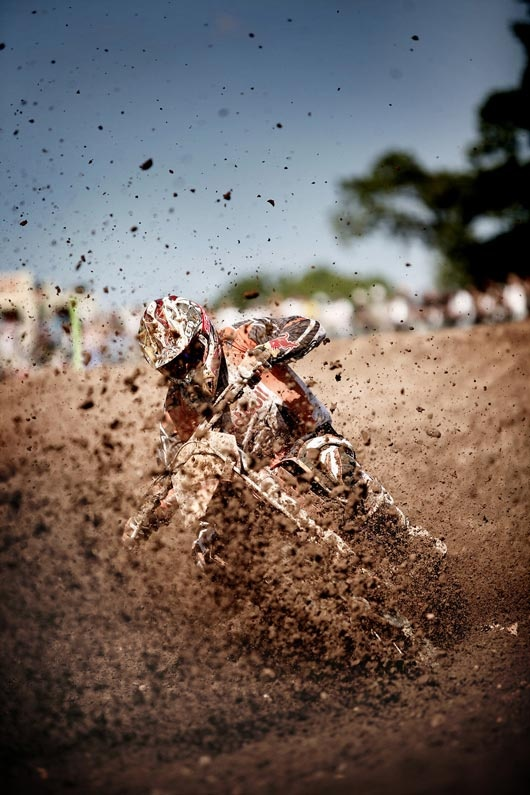 Photo:  Motocross 2