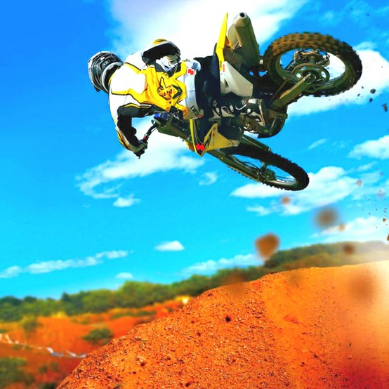Photo:  Motocross 3