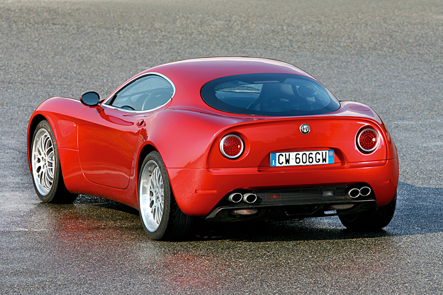 Photo:  Alfa Romeo 4C 243