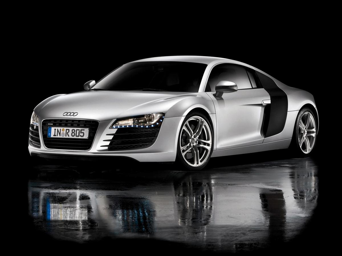 Photo:  white-audi-r8-gt-wallpaper