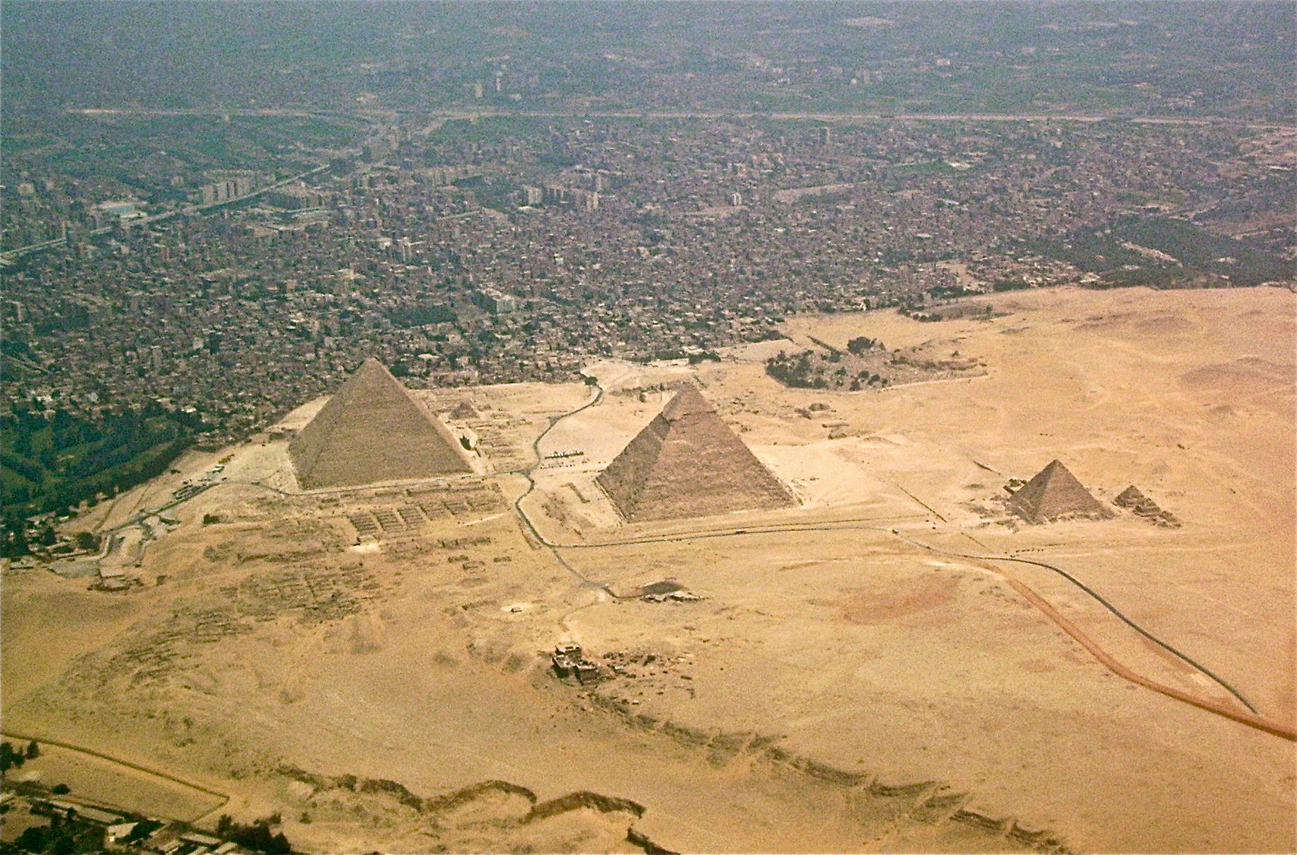 Photo:  piramide giza, egypt