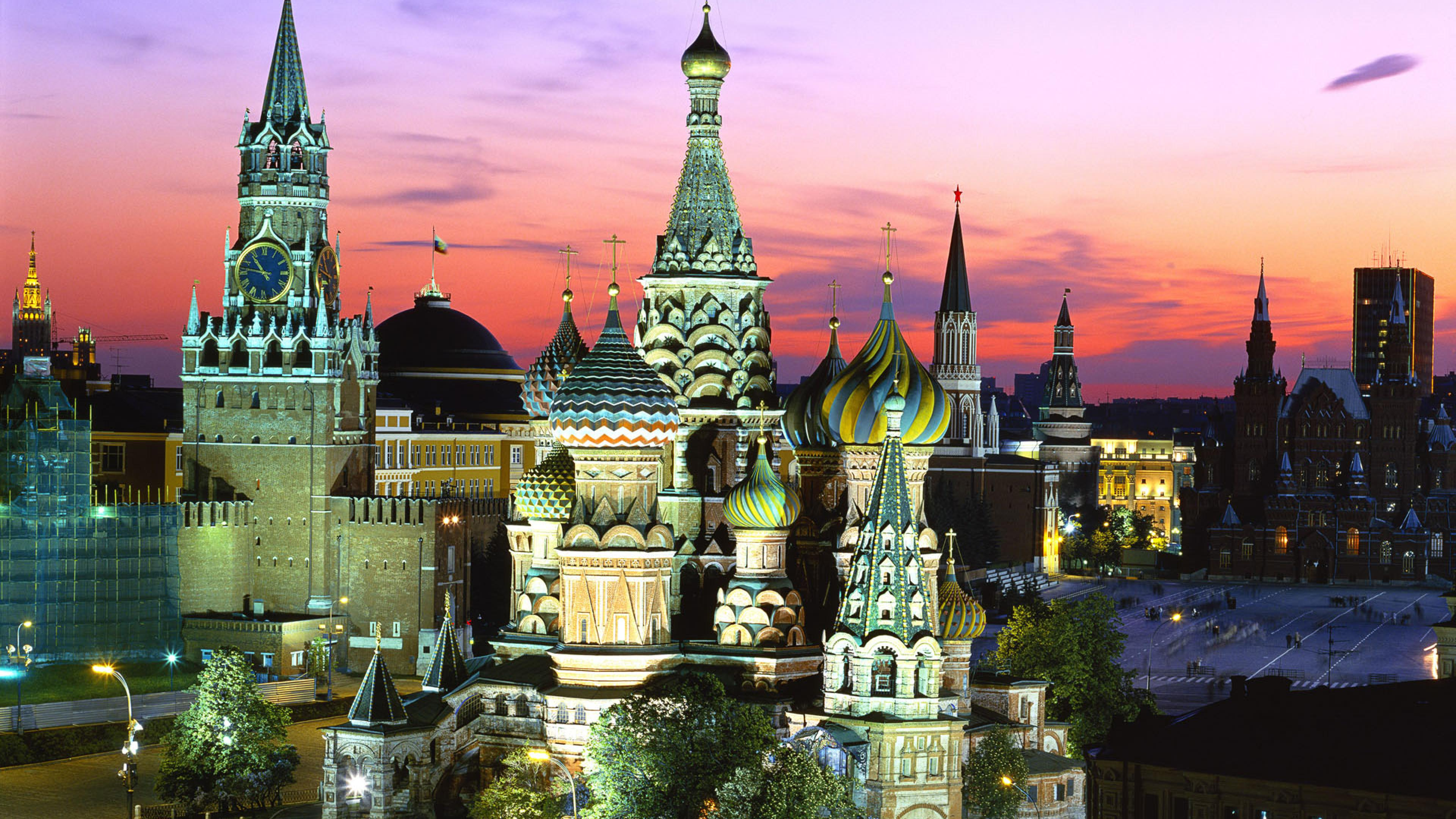 Photo:  Moscow Wallpaper 04