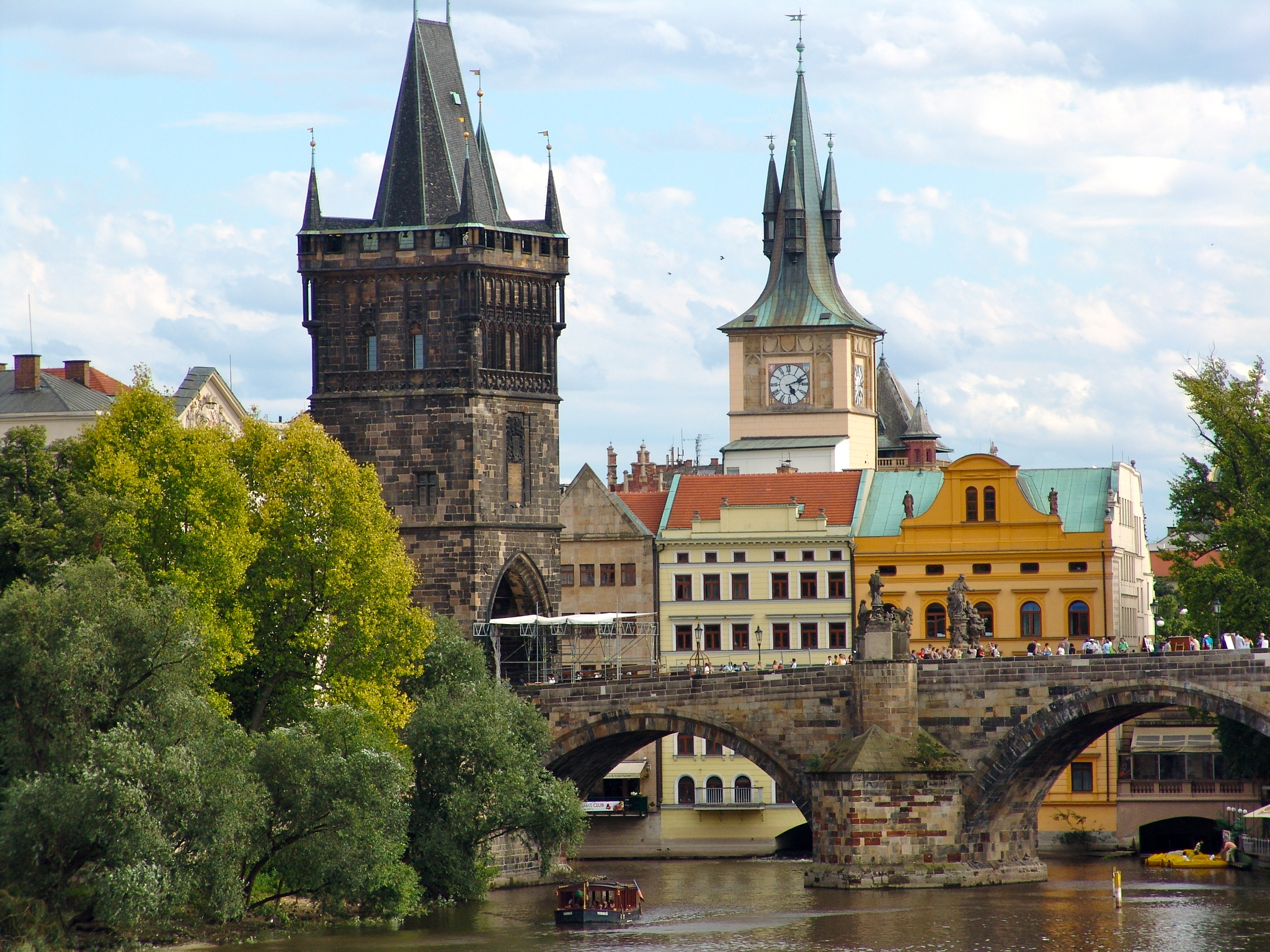 Photo:  Praga wallpaper 01