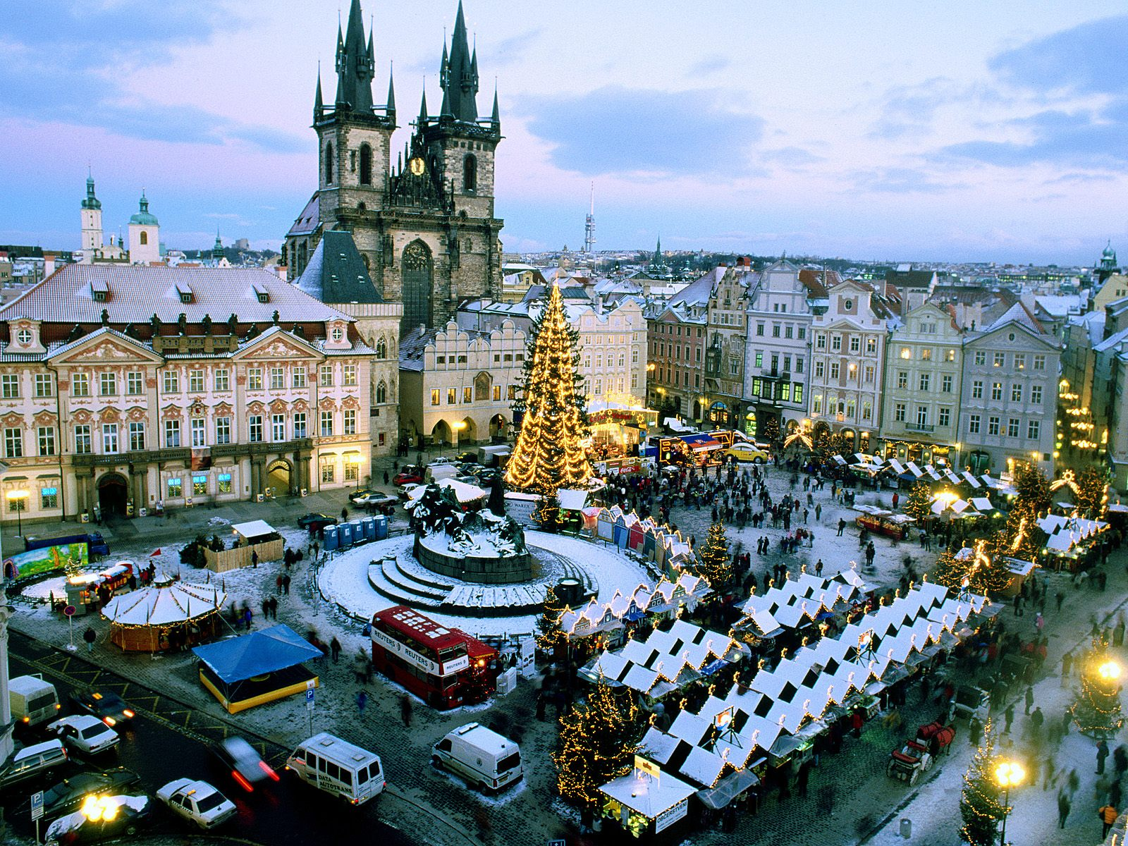 Photo:  Praga wallpaper 02