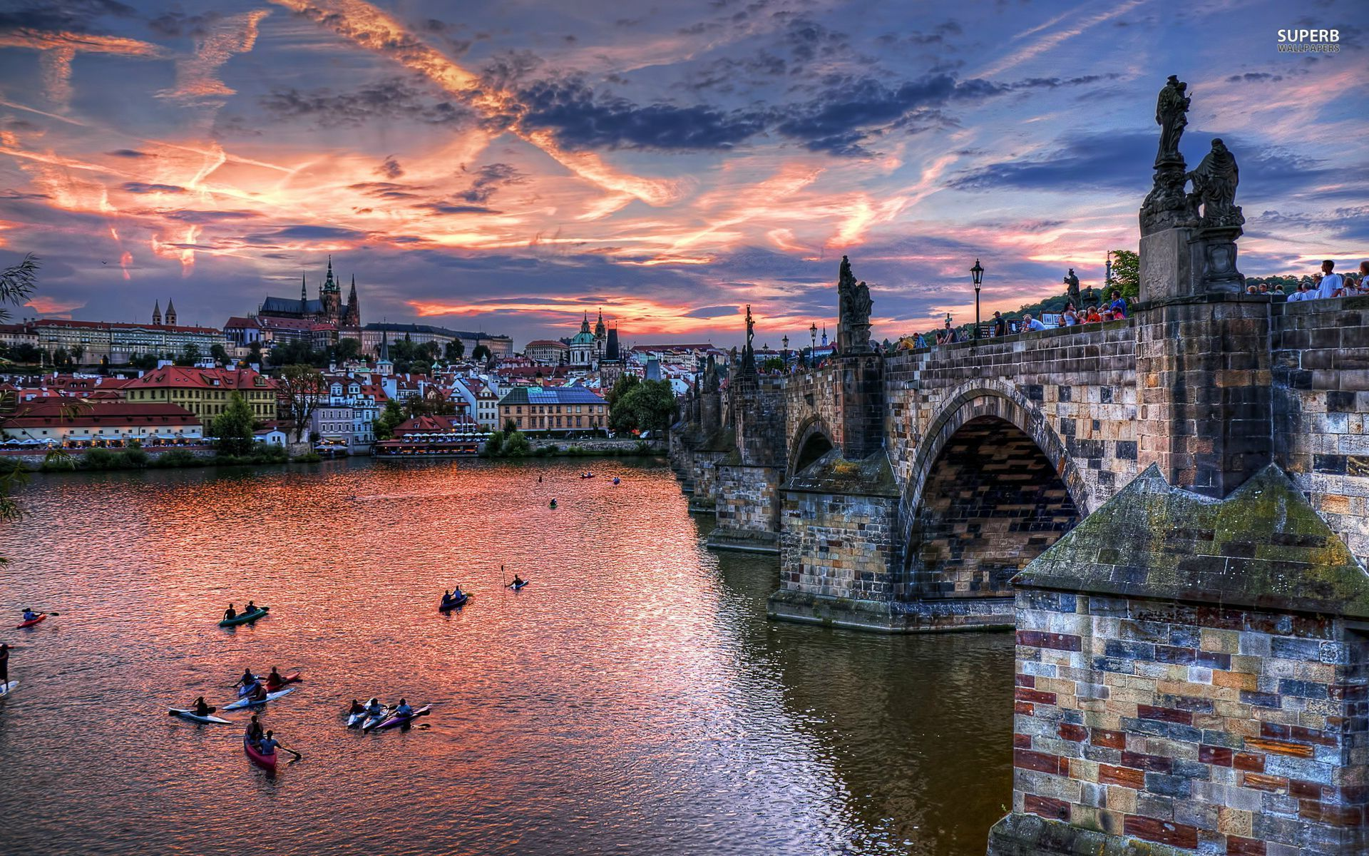 Photo:  Praga wallpaper 06