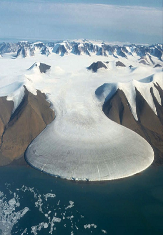 Photo:  Elephant Foot Glacier