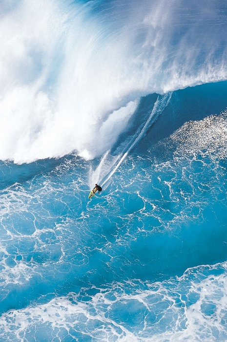 Photo:  Giant Blue Breaker, North Shore, Oahu, Hawaii