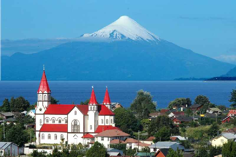 Photo:  Osorno volcano, the Llanquihue Lake near of Puerto Varas