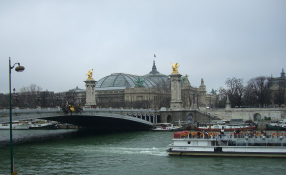 Photo:  Il ponte Alessandro III e il Grand Palais