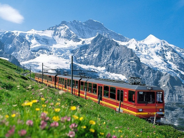 Photo:  Jungfrau, Swiss Alps