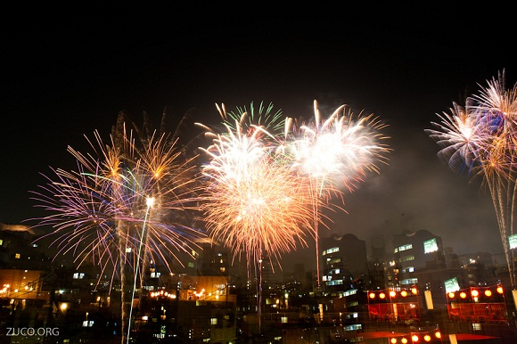 Photo:  fireworks 03