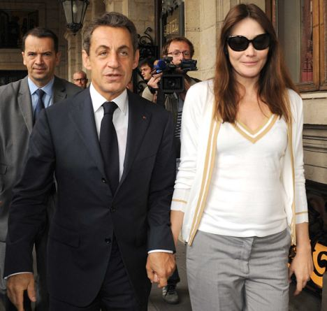 Photo:  Carla Bruni and Nicolas Sarkozy 03