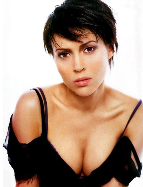 Photo:  Alyssa Milano 08