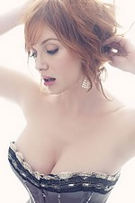 Photo:  Christina Hendricks 02