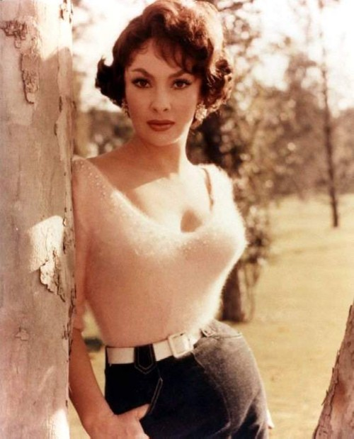 Photo:  Gina Lollobrigida 3