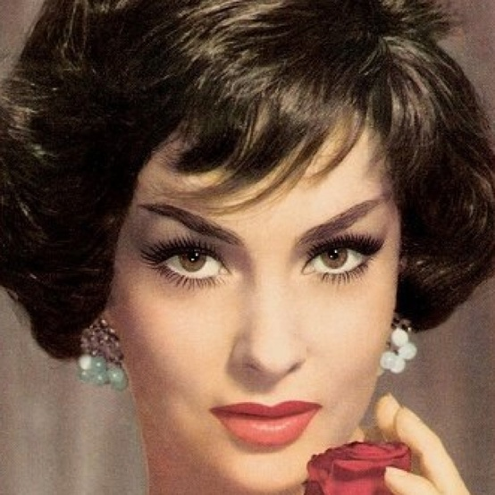 Photo:  Gina Lollobrigida.