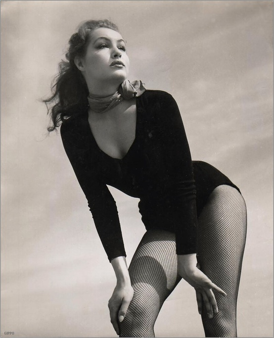 Photo:  Julie Newmar 02