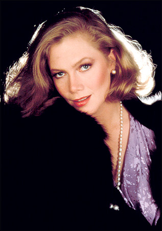 Photo:  Kathleen Turner 03