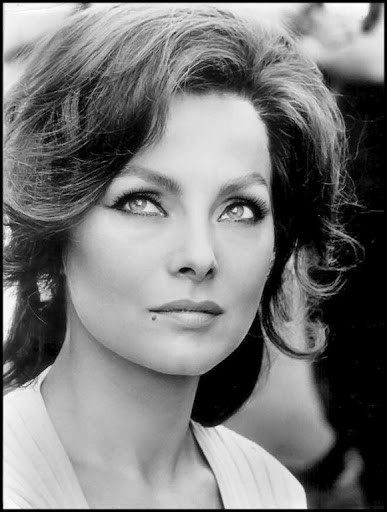Photo:  Virna Lisi 10