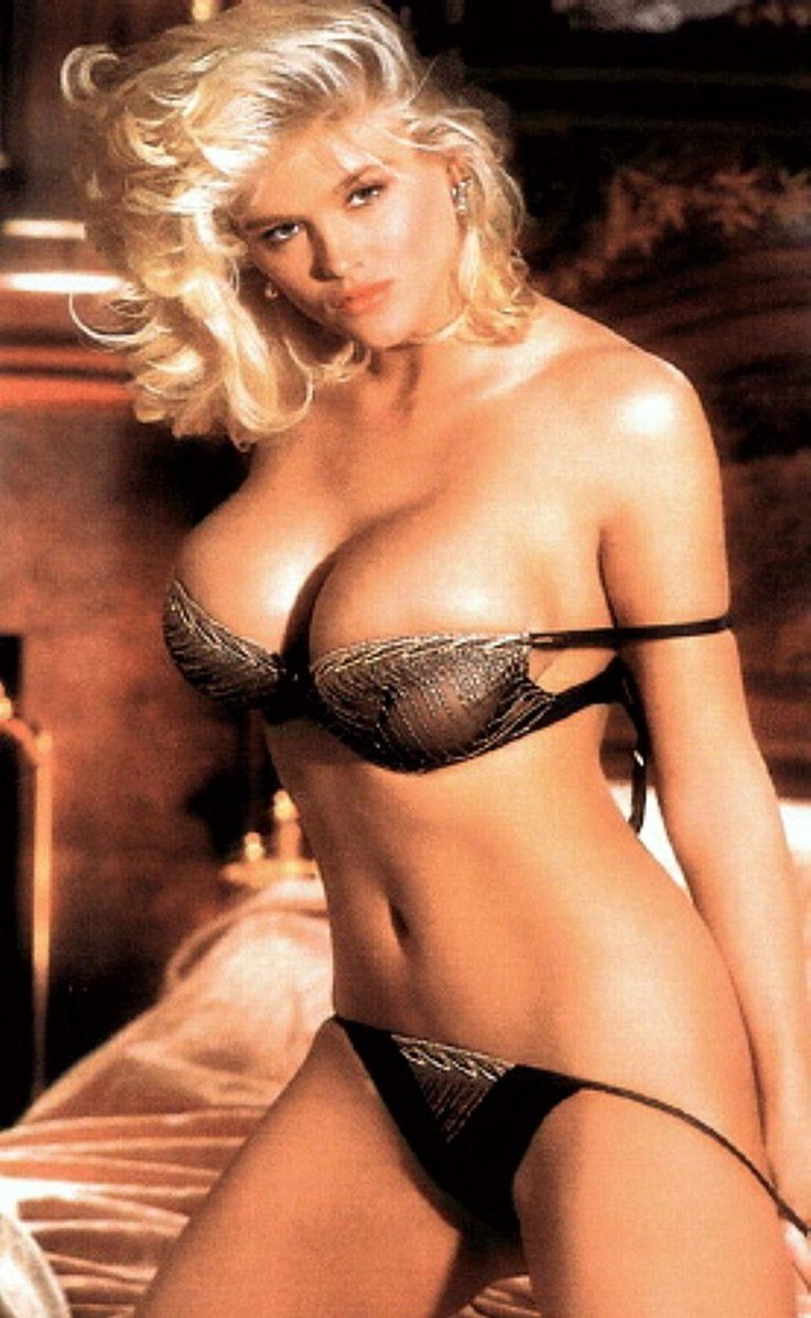 Photo:  Anna Nicole Smith 01