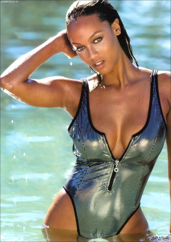 Photo:  Tyra Banks 01