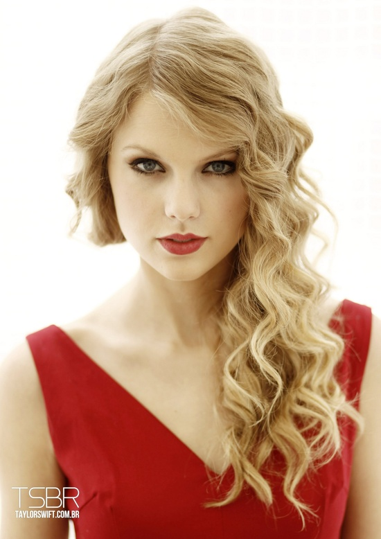 Photo:  Taylor Swift 03