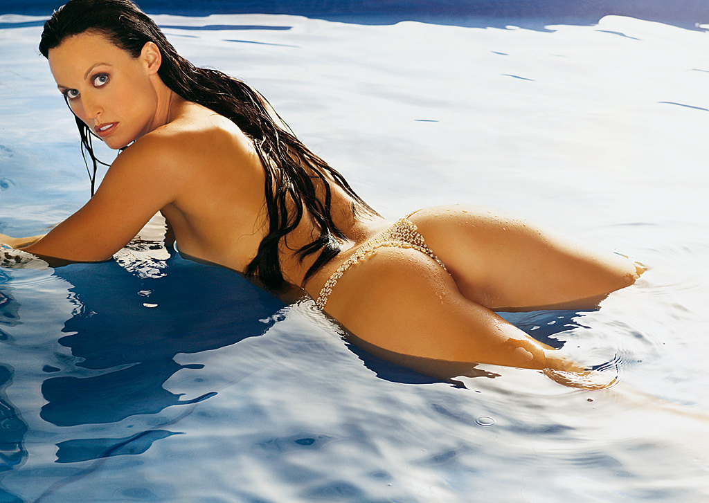 Photo:  Amanda Beard 26 (Playboy)