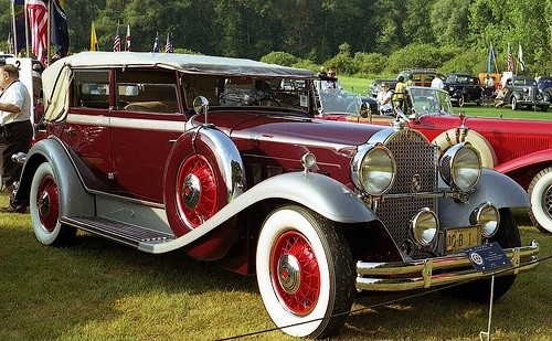 Photo:  1931 Packard 840 Deluxe Eight convertible sedan